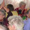 55 - A közönség lelkesen énekelte az ismert nótákat