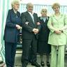 03 - Életük lányaik megszületése után vált teljessé, Katalin (balról), Éva (jobbról).jpg