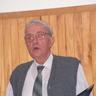 09 - Sági István a Nyugdíjas Klub elnöke évzáró beszédében ismertette a 2005-ös év eredményeit.jpg