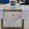 07 - A diákok írásai mutatták be az általuk elképzelt új iskolát.jpg