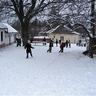 14 - Mindenki örömmel fogadta a havat.jpg