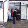 04 - A nagyobb lányok inkább kimaradt a hócstákból.jpg