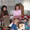 05 - Erna óvónéni és Györgyi óvónéni számos karácsonyi dalt tanított meg a gyerekeknek az elmúlt hetekben.jpg