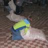 06 - Ki találja meg hamarabb a 10 szem szaloncukrot a szalmával töltött zsákban?!.jpg