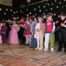 05 - Érdekes jelmezeket öltöttek a nagy-középsõs gyerekek is.jpg