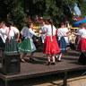 12 - A lányok bukovinai és szatmári táncokat adtak elõ.jpg