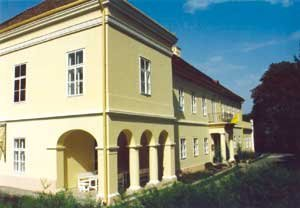 Szarkavár Somssich Kastély