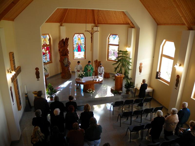 A Kaposújlaki Nagyboldogasszony Templom belső tere